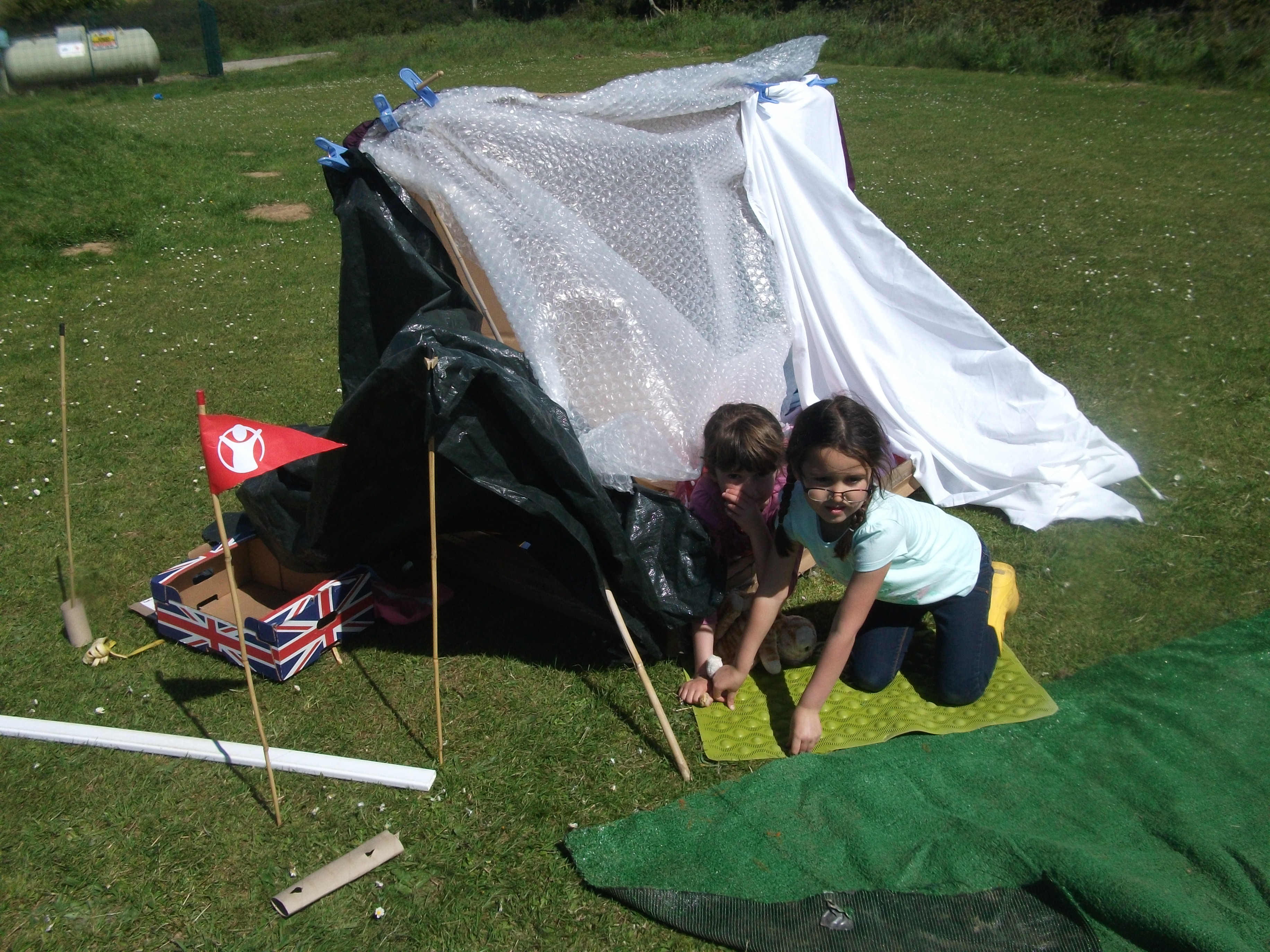Build A Den Day 014